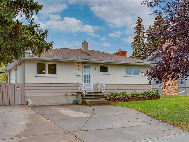 19 Harlow Avenue NW, Calgary, AB T2K 2G2 (#C4208492) :: Tonkinson Real Estate Team