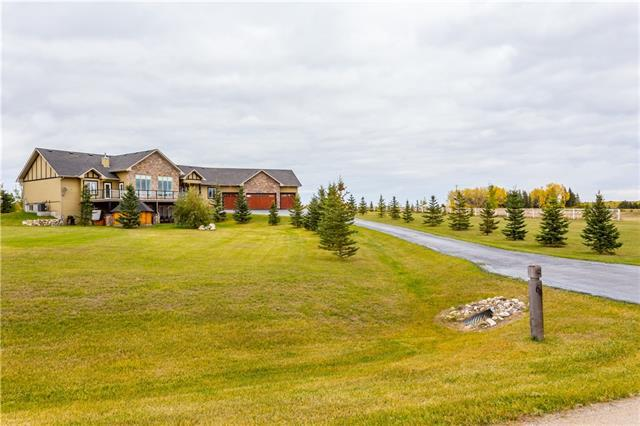212 Brown Bear Point(E), Rural Rocky View County, AB T4C 0B5 (#C4208601) :: Tonkinson Real Estate Team
