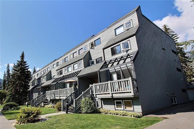 413 Marten Street L, Banff, AB T1L 1C1 (#C4208842) :: Canmore & Banff
