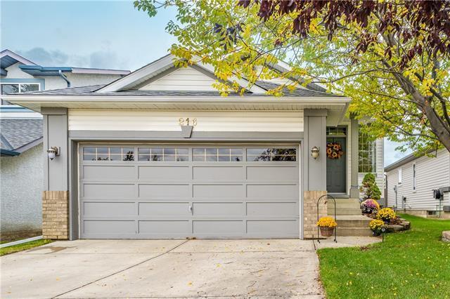 216 Harvest Glen Place NE, Calgary, AB T3K 4J1 (#C4209194) :: Your Calgary Real Estate