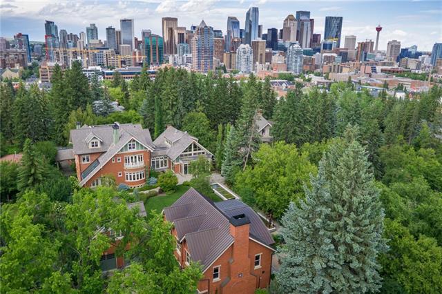 925 Durham Avenue SW, Calgary, AB T2T 0P8 (#C4209311) :: The Cliff Stevenson Group