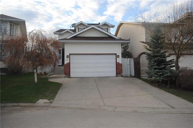 100 Erin Meadow Green SE, Calgary, AB T2B 3G4 (#C4209401) :: Calgary Homefinders