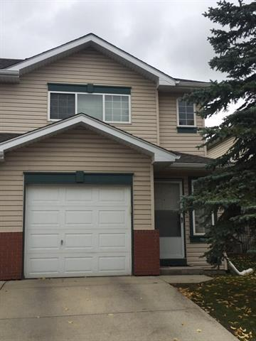 131 Country Hills Villa(S) NW, Calgary, AB T3K 4S8 (#C4209411) :: Canmore & Banff
