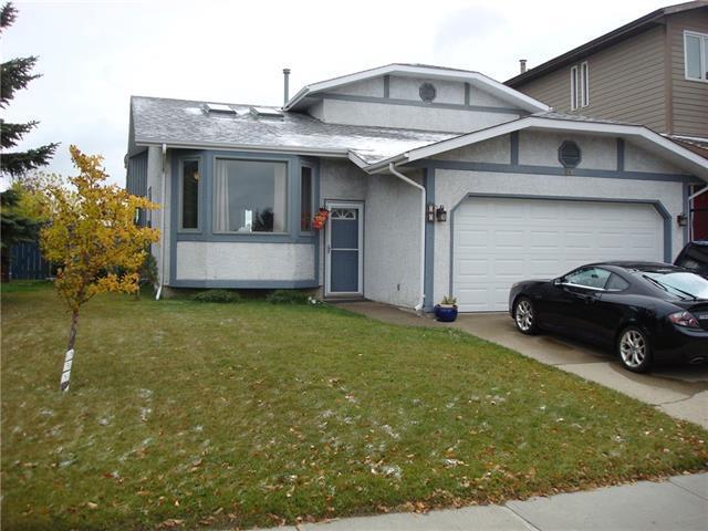 59 Hawkhill Way NW, Calgary, AB T3G 3A3 (#C4209415) :: The Cliff Stevenson Group