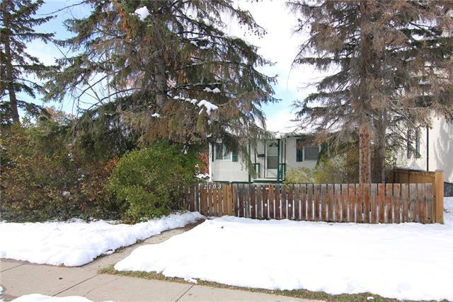 2103 Mackay Road NW, Calgary, AB T3B 1C9 (#C4209433) :: Calgary Homefinders