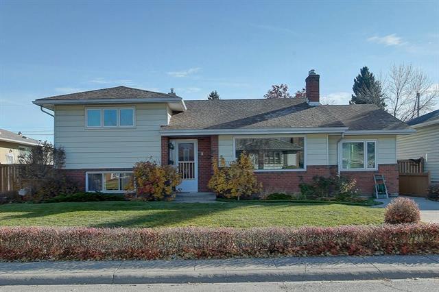 8 Haysboro Crescent SW, Calgary, AB T2V 3E9 (#C4209509) :: Calgary Homefinders