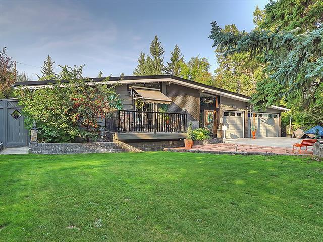 1408 104 Avenue SW, Calgary, AB T2W 0A6 (#C4209605) :: The Cliff Stevenson Group