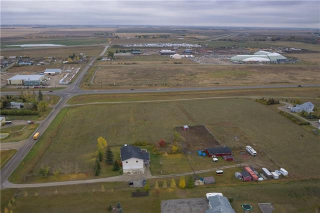 64221 418 Avenue E, Rural Foothills County, AB T0L 0A0 (#C4209632) :: The Cliff Stevenson Group