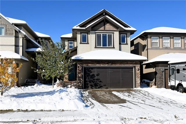 1060 Hillcrest Lane SW, Airdrie, AB T4B 3R6 (#C4209657) :: Calgary Homefinders