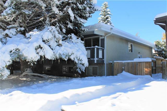 10825+10827 Sacramento Drive SW, Calgary, AB T2W 0J3 (#C4209669) :: The Cliff Stevenson Group