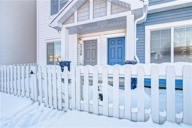 2106 Jumping Pound Common, Cochrane, AB T4C 2L1 (#C4209776) :: Your Calgary Real Estate