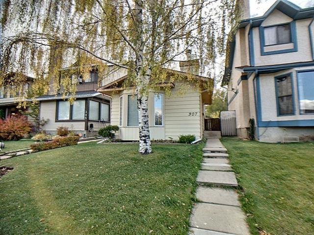 307 Falwood Way NE, Calgary, AB T3J 1A9 (#C4209788) :: Canmore & Banff