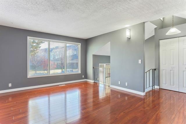 841 Whitemont Drive NE, Calgary, AB T1Y 3S6 (#C4209840) :: Tonkinson Real Estate Team