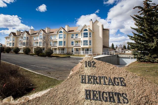 102 Centre Court #305, Okotoks, AB T1S 1Z7 (#C4209864) :: Calgary Homefinders