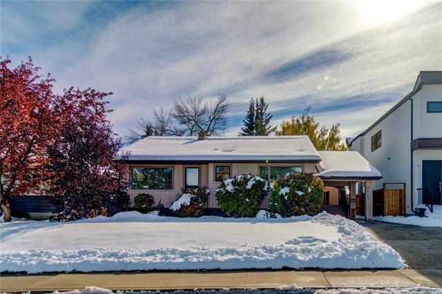 2413 25 Avenue NW, Calgary, AB T2M 2C6 (#C4209938) :: Canmore & Banff