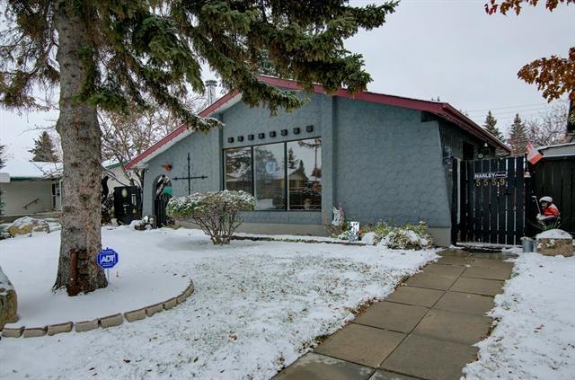 5559 Maddock Drive NE, Calgary, AB T2A 3W2 (#C4209979) :: Your Calgary Real Estate