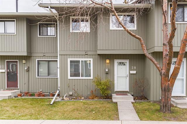 6503 Ranchview Drive NW #28, Calgary, AB T3G 1P2 (#C4210011) :: Calgary Homefinders