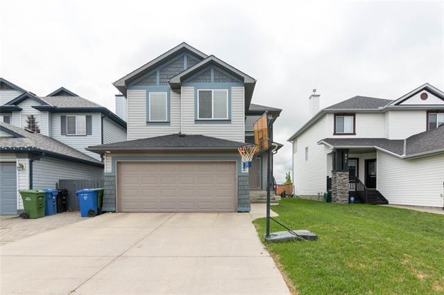 255 Somerglen Way SW, Calgary, AB T2Y 4B3 (#C4210037) :: Canmore & Banff