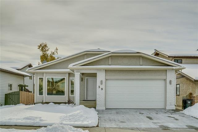 39 Edenwold Crescent NW, Calgary, AB T3A 3V1 (#C4210172) :: Calgary Homefinders