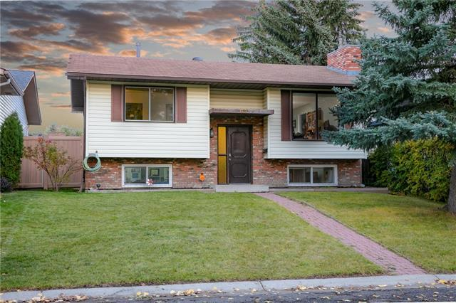 140 Woodvale Road SW, Calgary, AB T2W 3L2 (#C4210262) :: Tonkinson Real Estate Team