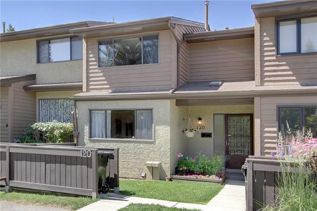 2300 Oakmoor Drive SW #120, Calgary, AB T2V 4N7 (#C4210412) :: Calgary Homefinders