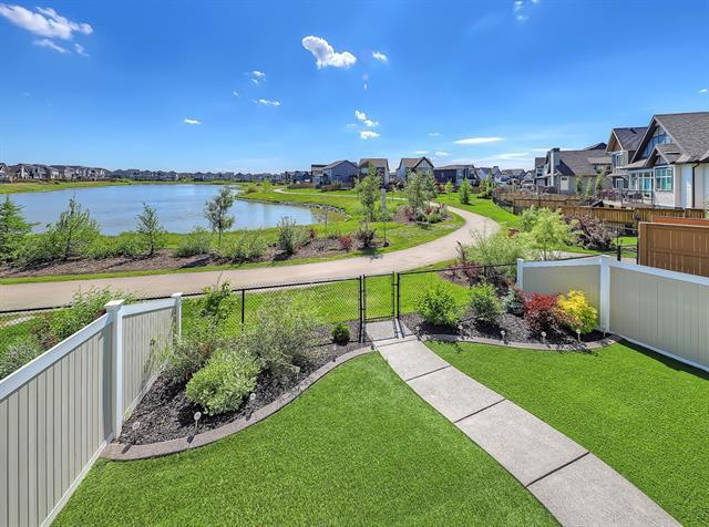 303 Reunion Green NW, Airdrie, AB T4B 3W4 (#C4210502) :: The Cliff Stevenson Group
