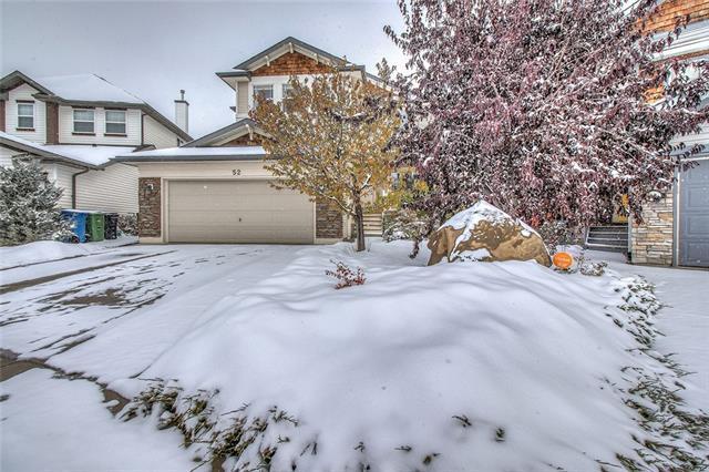 52 Cougarstone Manor SW, Calgary, AB T3H 5N5 (#C4210528) :: Calgary Homefinders
