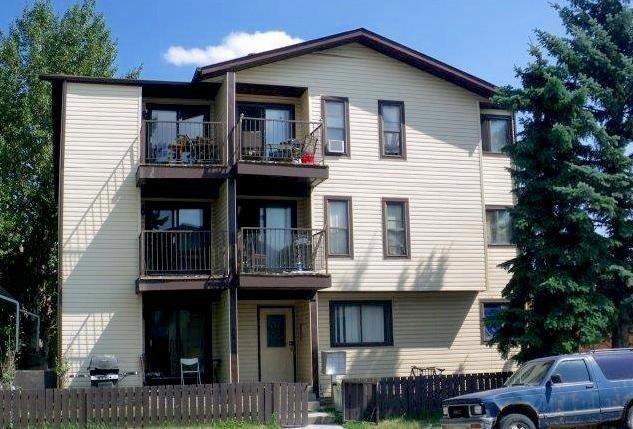 1728 38 Street SE, Calgary, AB T2A 1H1 (#C4210570) :: Canmore & Banff