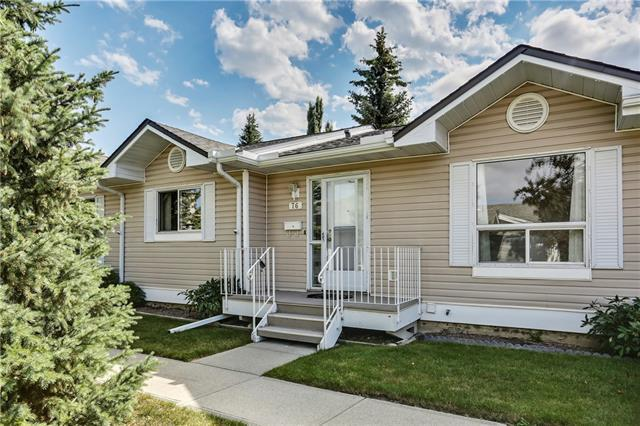 76 Deer Ridge Close SE, Calgary, AB  (#C4210819) :: Your Calgary Real Estate