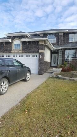 5164 Coral Shores Drive NE, Calgary, AB T3J 3J3 (#C4210975) :: The Cliff Stevenson Group