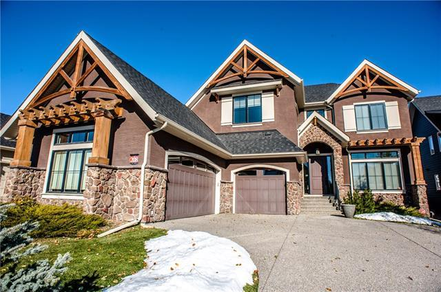 208 Fortress Bay SW, Calgary, AB T3H 4H2 (#C4210999) :: Your Calgary Real Estate