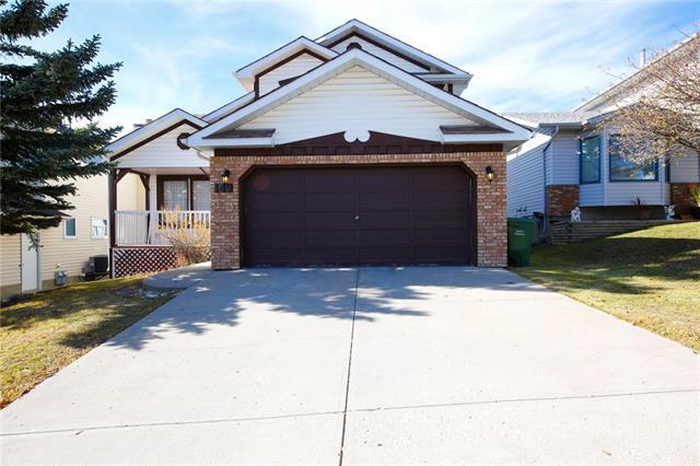 149 Hawkdale Circle NW, Calgary, AB T3G 2W9 (#C4211004) :: Your Calgary Real Estate