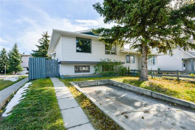 3808 Fonda Way SE, Calgary, AB T2A 5R4 (#C4211028) :: Your Calgary Real Estate