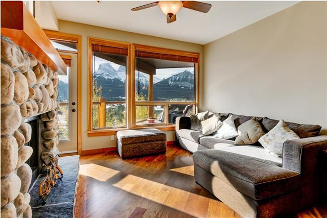 701 Benchlands Trail #204, Canmore, AB T1W 3G9 (#C4211053) :: Canmore & Banff