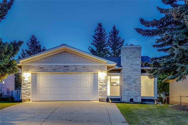 6404 70 Street NW, Calgary, AB T3B 3J6 (#C4211144) :: Your Calgary Real Estate