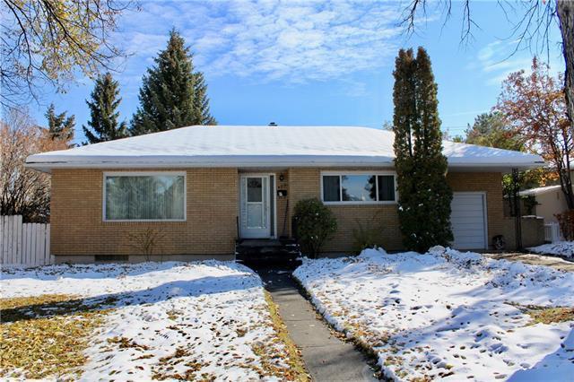 4519 41 Avenue SW, Calgary, AB T3E 1G6 (#C4211174) :: Canmore & Banff