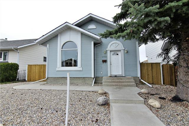 2863 Catalina Boulevard NE, Calgary, AB T1Y 6R2 (#C4211203) :: Calgary Homefinders