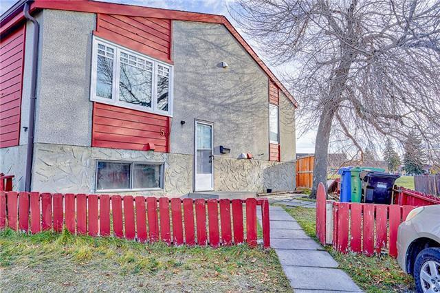 5 Penworth Close SE, Calgary, AB T2A 5N4 (#C4211237) :: Tonkinson Real Estate Team