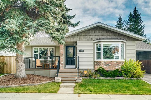 3739 Logan Crescent SW, Calgary, AB T3E 5Z6 (#C4211330) :: Tonkinson Real Estate Team