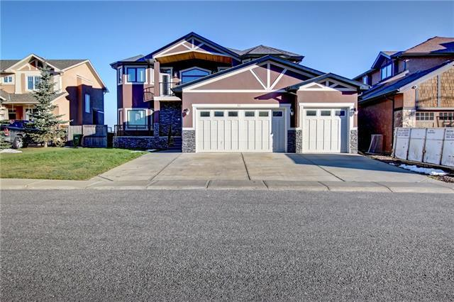 42 Elmont Estates Manor SW, Calgary, AB T3H 5Y4 (#C4211418) :: Calgary Homefinders