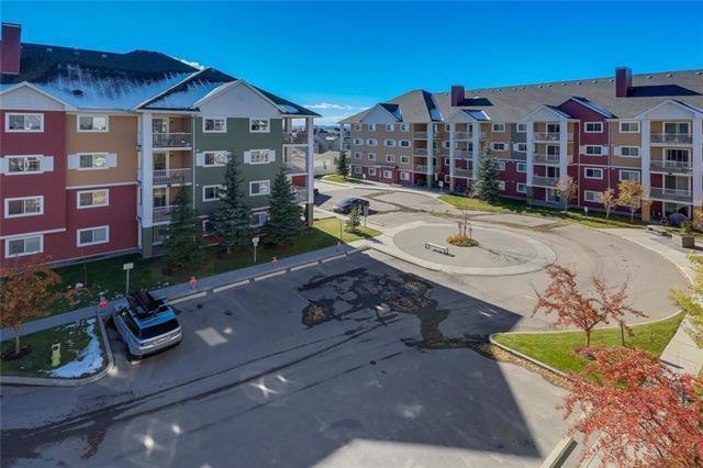 10 Prestwick Bay SE #4401, Calgary, AB T2Z 0B4 (#C4211445) :: Your Calgary Real Estate