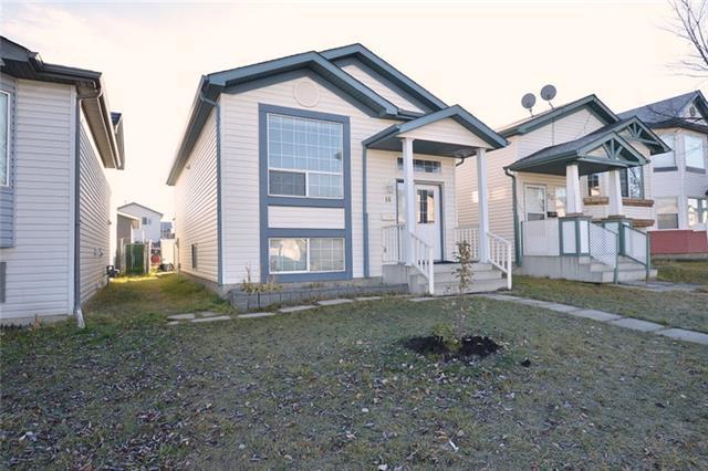 16 Martin Crossing Crescent NE, Calgary, AB T3J 3S8 (#C4212459) :: Your Calgary Real Estate