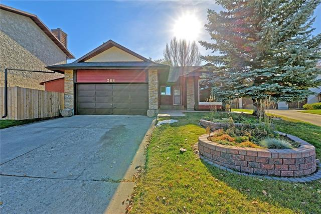 288 Brookgreen Drive SW, Calgary, AB T2W 2T8 (#C4213495) :: Your Calgary Real Estate