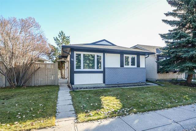 95 Shawmeadows Crescent SW, Calgary, AB T2Y 1A8 (#C4213604) :: Your Calgary Real Estate