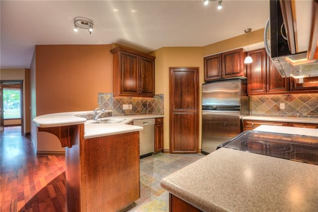 14 Hemlock Crescent SW #7105, Calgary, AB T3C 2Z1 (#C4213608) :: Tonkinson Real Estate Team