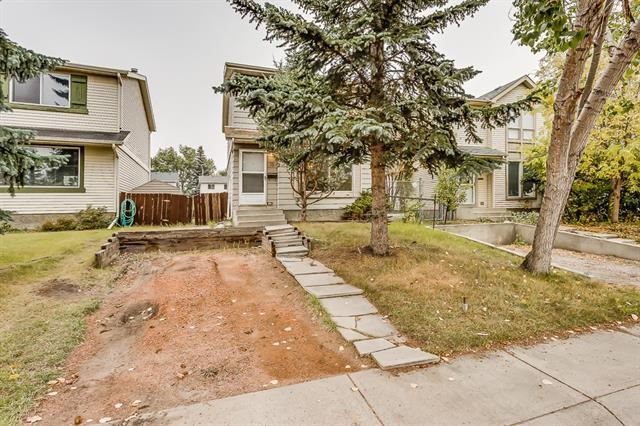 19 Erin Woods Place SE, Calgary, AB T2B 2W5 (#C4213658) :: Your Calgary Real Estate