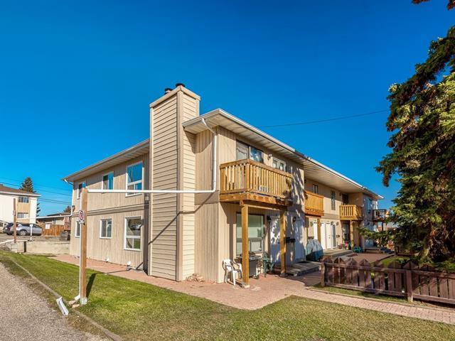 219 Huntington Park Bay NW #302, Calgary, AB T2K 5H5 (#C4213672) :: Canmore & Banff