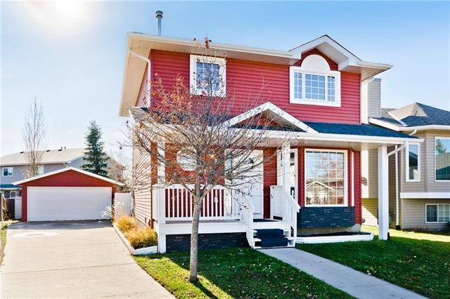 24 Elderwood Place SE, Airdrie, AB T4B 2G2 (#C4213739) :: Calgary Homefinders