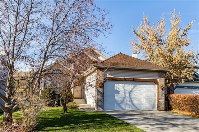 132 Gleneagles Close, Cochrane, AB T4C 1N6 (#C4213782) :: Calgary Homefinders