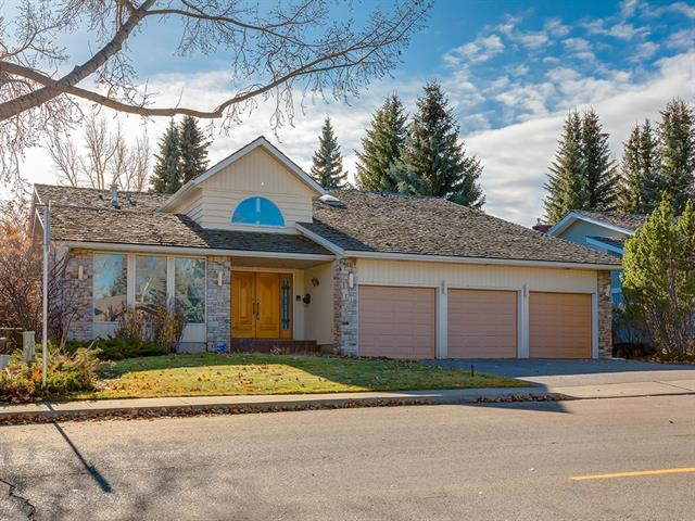 1103 Varsity Estates Drive NW, Calgary, AB T3A 5A8 (#C4213812) :: Your Calgary Real Estate